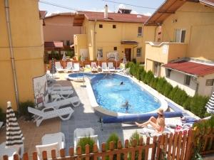 Хотелски комплекс ЕЛЕНА